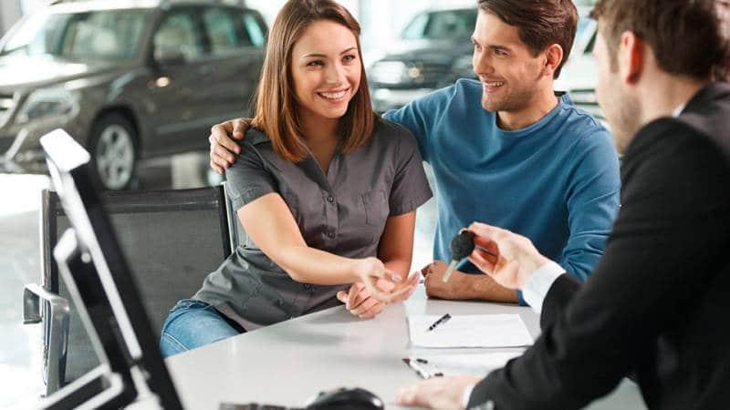 Приобретаем автомобиль выгодно: чем отличается лизинг от кредита и что лучше выбрать
